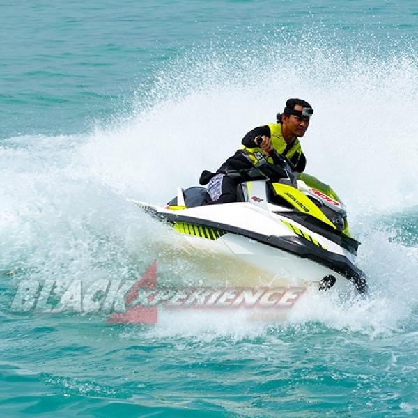 Sea-Doo RXP-X 300 - Superbike On The Sea