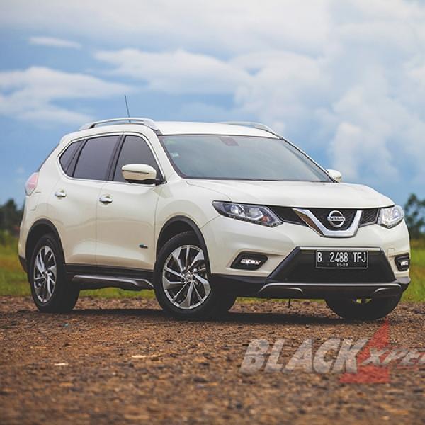Nissan X-Trail Hybrid - One of A Kind