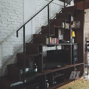 Ruang tv yang juga salah satu karya Yudi