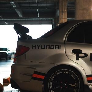 Modifikasi Hyundai Bimantara Cakra: Perpaduan Racing dan Elegan