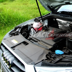 Dapur pacu 1.4 liter dengan bantuan turbocharger menghasilkan tenaga 150 hp