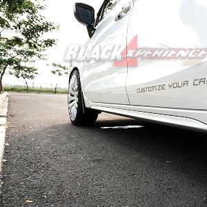 Modifikasi Mitsubishi Xpander – Tampil Macho dengan Velg 20 Inci
