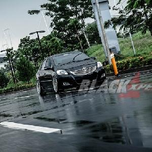 Modifikasi Toyota Vios 2010: Elegan Stylish