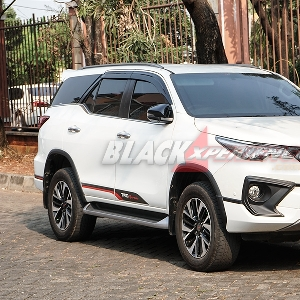 Modifikasi Bodykit Toyota Fortuner - Tampil Berkelas dengan Budget Pas