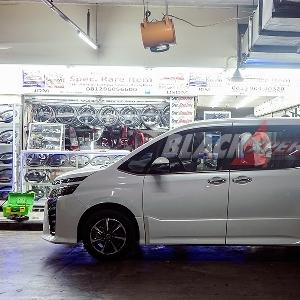 Instal Paddle Shift, Setir Toyota Voxy Jadi Lebih Fungsional