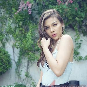 Icha Michelle - Dari Modelling ke Dunia Tarik Suara