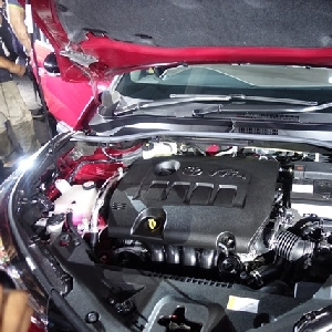 Crossover Toyota ini menawarkan mesinberkapasits 1.8L 2ZR-FBE dan Dual VVT-i yang dapat mencapai daya maksimum 139 Hp/6.000 rpm dan torsi 171 Nm/4.000rpm.