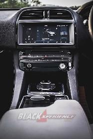 Jaguar F-Pace 2.0 - Astonishing