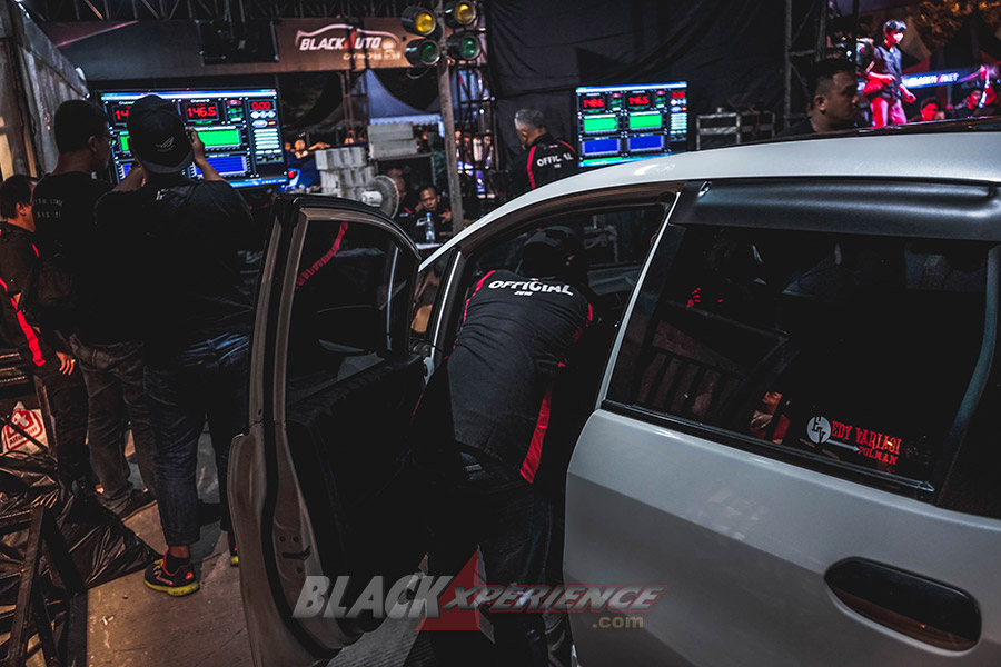 BlackAuto Battle Makassar 2018 - Black Out Loud
