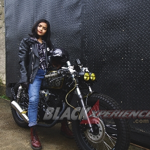 Modifikasi Megapro Baby Black Cafe Racer