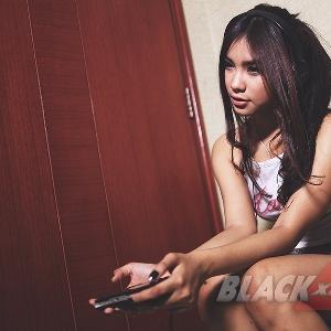 Yuk Nge-game Asyik Bareng Muthia!
