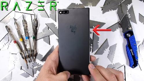 Menguji Ketangguhan Smartphone Gaming  Razer Phone