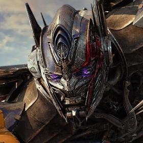 Trailer Terakhir Transformers: The Last Knight Ungkap Sejarah Cybertron