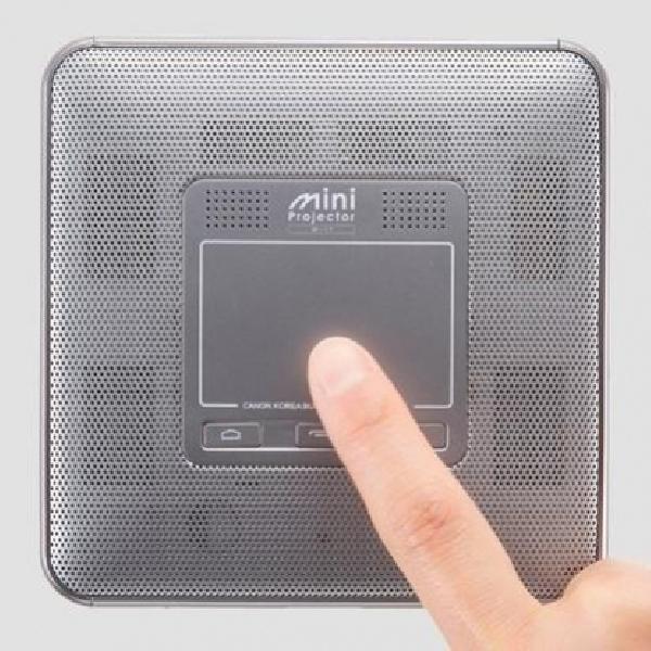 Canon Mini Projector M-i1 - Proyektor Mini Nirkabel