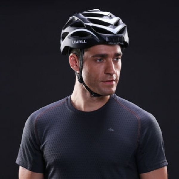 Livall BH51, Helm Pintar Terkoneksi Smartphone, Beri Notifikasi Otomatis Saat Belok