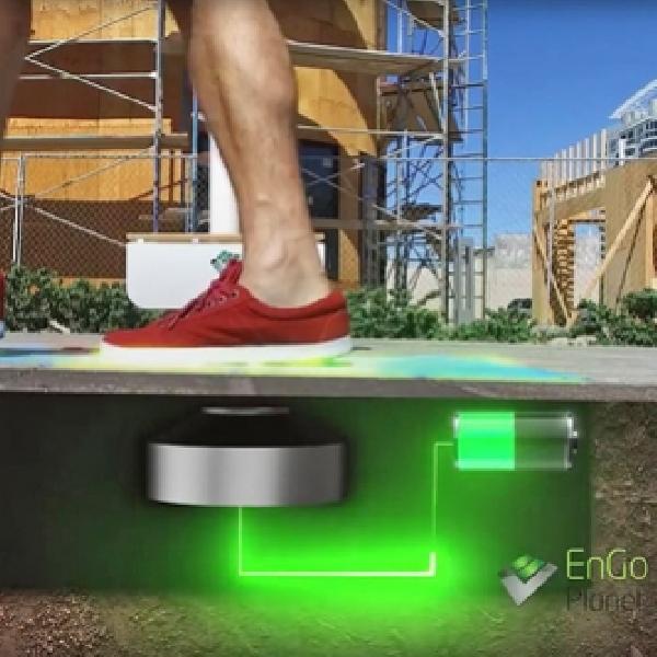 EnGoPlanet - Suplai Listrik Lampu Jalanan Las Vegas dengan Langkah Kaki