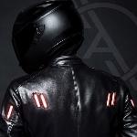 Jaket LED Tingkatkan Visibilitas Pengendara Sepeda Motor
