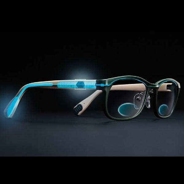 Kacamata Canggih Bisa Berganti Fokus dengan Sentuhan