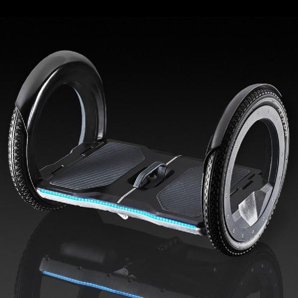 Urmo, Hoverboard Lipat Untuk Menghemat Ruang