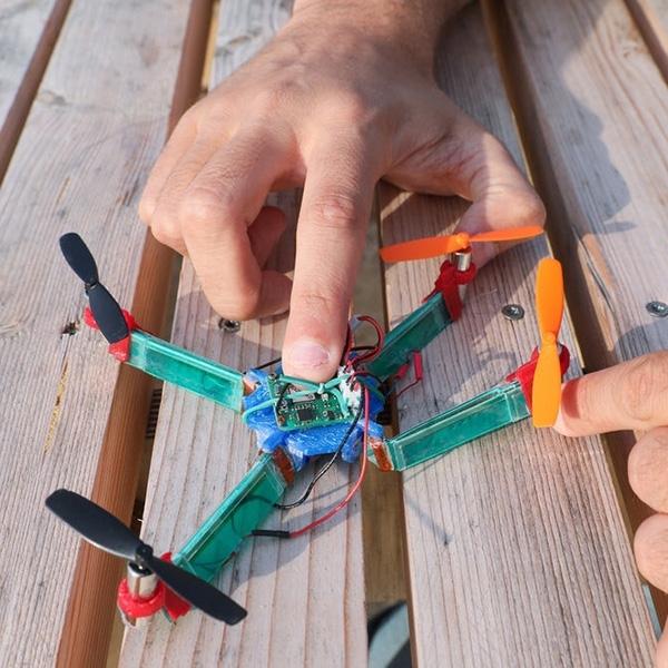 Drone Lunak Mampu Atasi Kerusakan Akibat Benturan