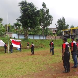 Rayakan Hari Sumpah Pemuda, 150 Riders BMC  Ikuti Upacara di Puncak Bogor