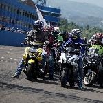 Ribuan Komunitas Motor Yamaha Victory Serbu Sentul