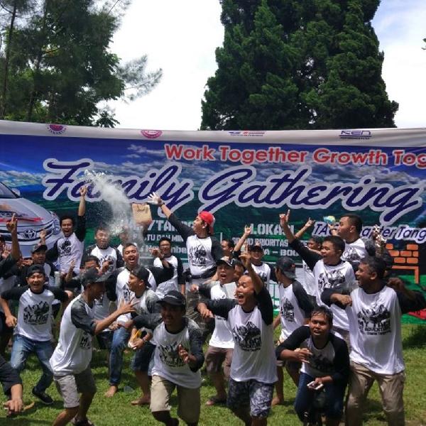 Gathering TACI Chapter Tangerang Kampanyekan Safety Driving
