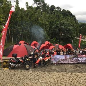 Komunitas Honda Kemah Sambil Uji CRF150L