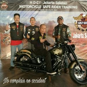 HDCI Jakarta Selatan Gelar Latihan Safety Riding untuk Pemilik Moge