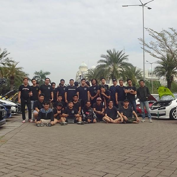 Nozzle Autoclub, Rumah Kreatif Bagi Anak Muda Pecinta Modifikasi Mobil