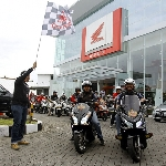 Pecinta Honda PCX150 Antusias Ikuti PCX Fun Rally