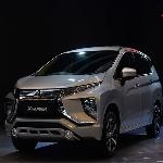 Rifat Sungkar Menjadi Anggota Kehormatan Komunitas Mitsubishi XPander