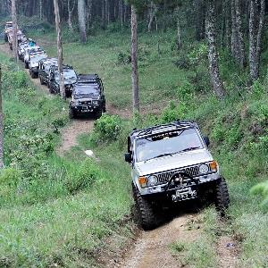 Tutup tahun 2017, Komunitas Trooper Indonesia Touring ke Bandung