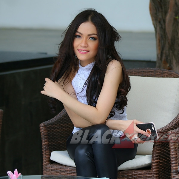 Kencan Romantis dengan Avrillia Syakila
