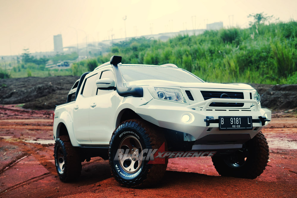 Nissan Navara Modifikasi >> Modifikasi Nissan Navara Mobil Tempur Harian Blackxperience Com
