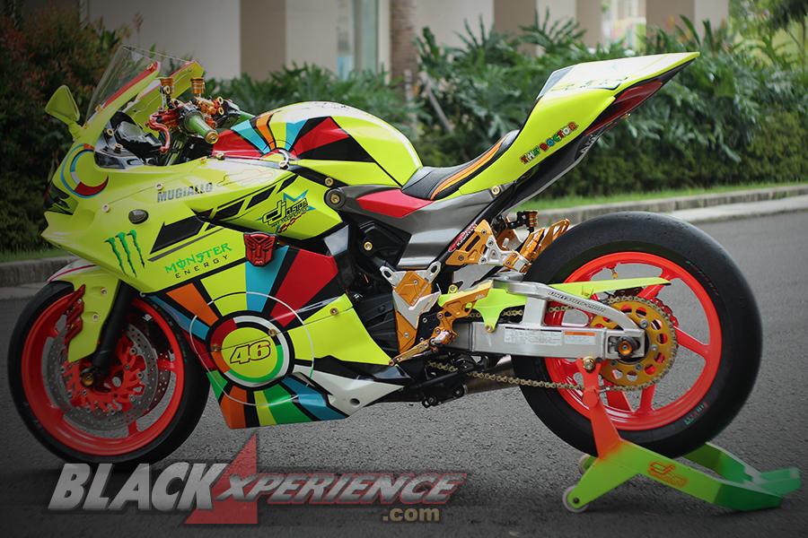 Kawasaki Ninja 250r Berbaju Ducati Panigale Blackxperience Com