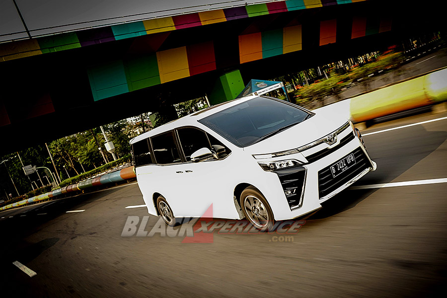 New Toyota Voxy - Baby Alphard You Can Buy