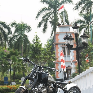 Sesi foto Harley-Davidson Softail EVO Tut-tut Train