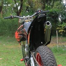 Tampak belakang Kawasaki KLX150 Supermoto Caos Custom Bike