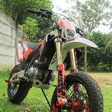 Kawasaki KLX150 Supermoto Caos Custom Bike